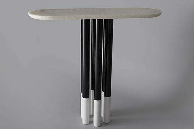 Консоль и консольные столы: способы использования