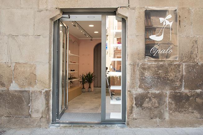 Как превратить микро-комнату в бутик Ópalo: инструкция дизайнеров Alapar