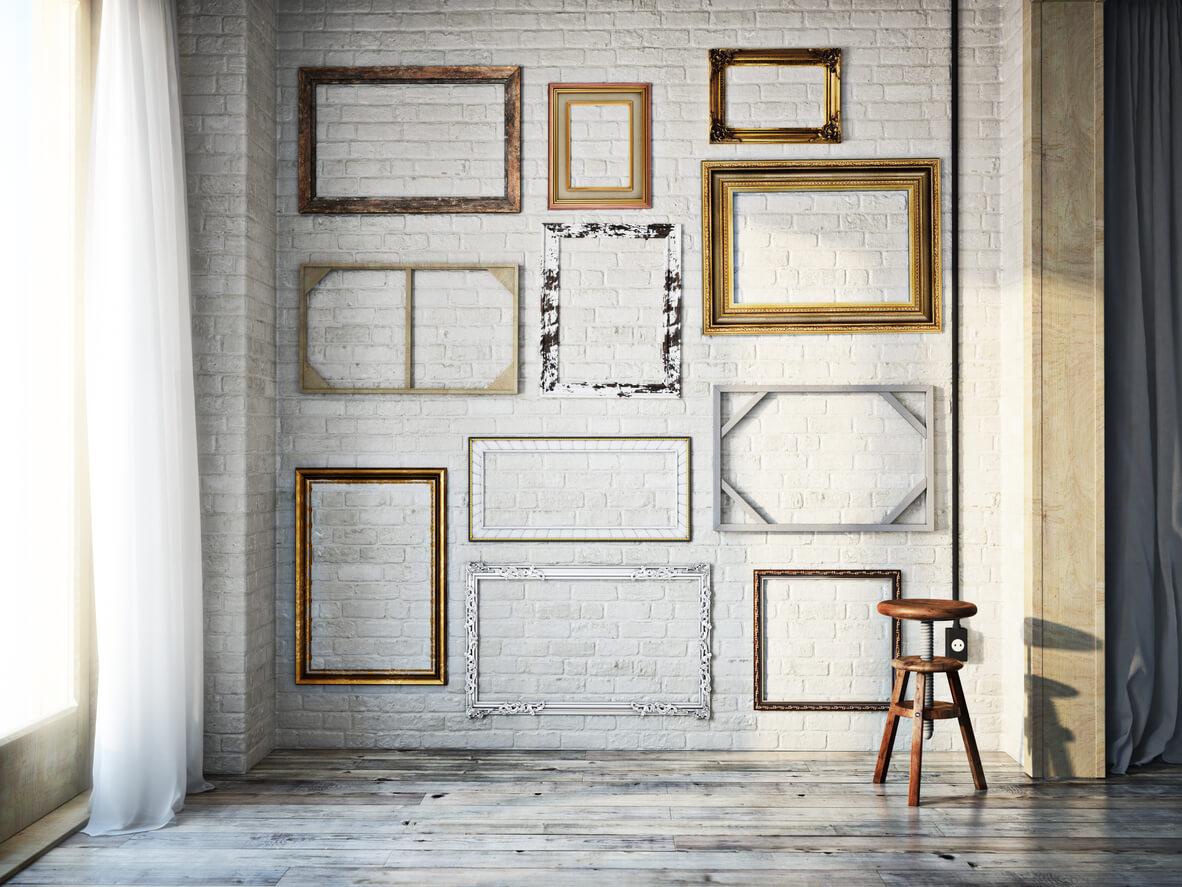 Пустые рамы на стенах: глупость или тренд?