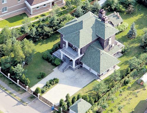 Где живет Андрей Макаревич [обзор трехэтажного дома в Подмосковье]