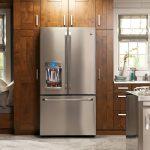 Как удобно разместить холодильник на кухне