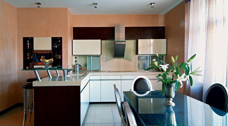 Окрашенные стены в кухне
