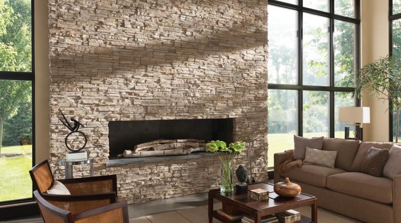 камин облицованный декоративным камнем