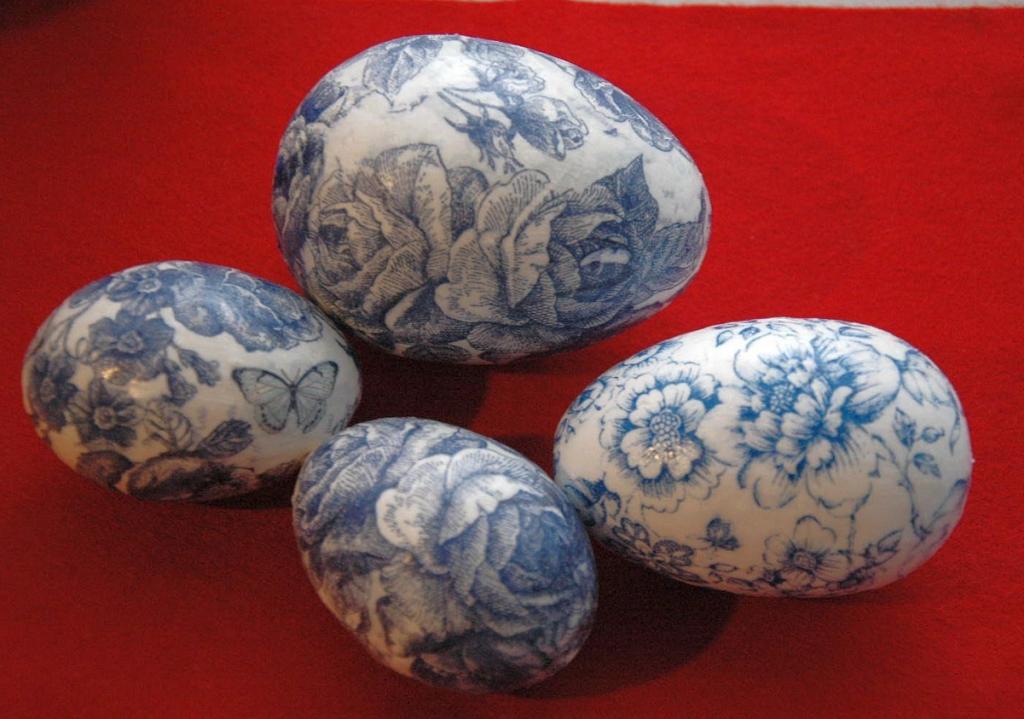 Винтажный декупаж пасхальных яиц