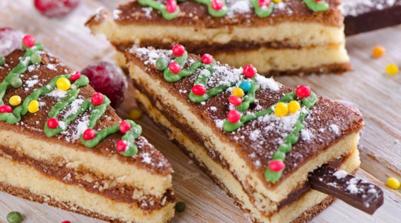 Торт в виде елочки на Новый год