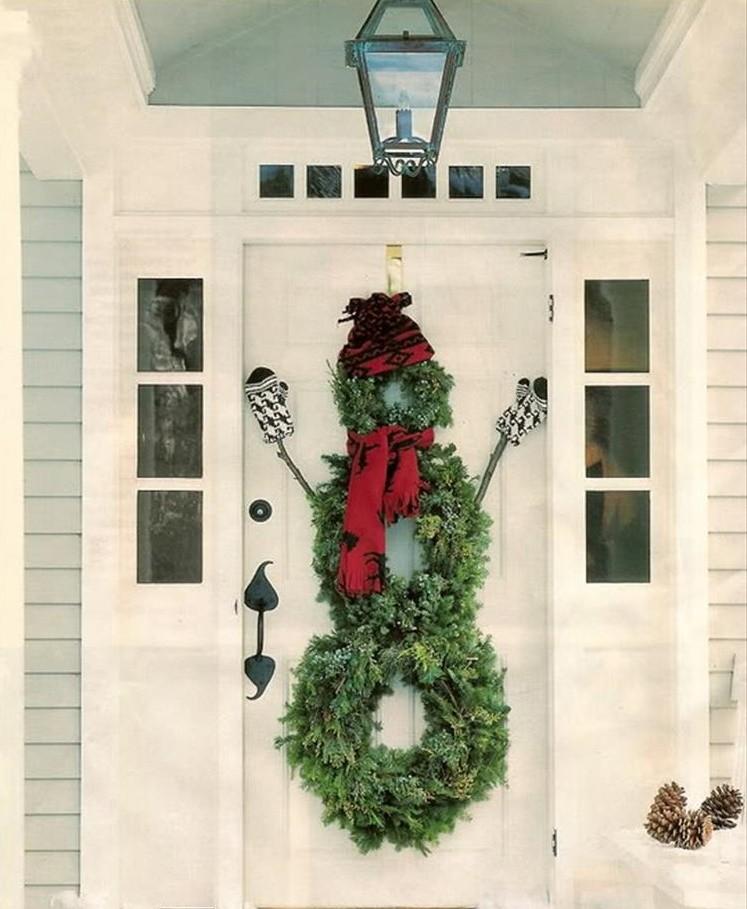 Новогодний декор двери
