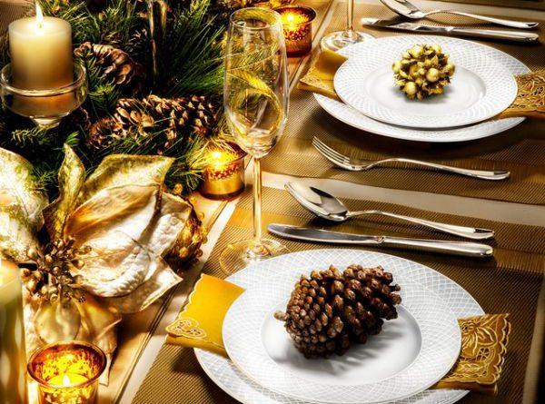 Как украсить новогодний стол 2019