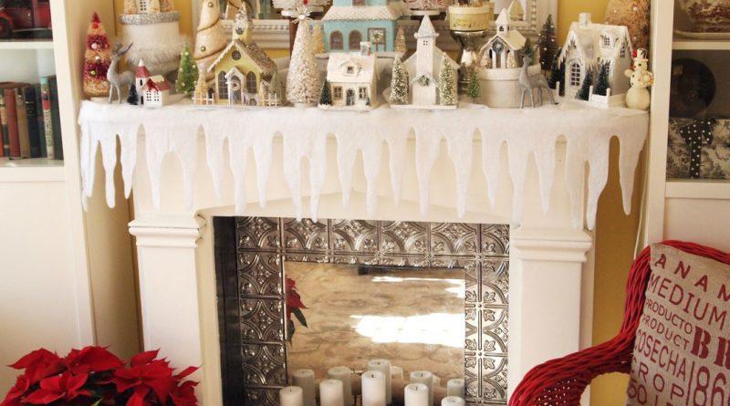 Новогоднее оформление камина в светлых тонах