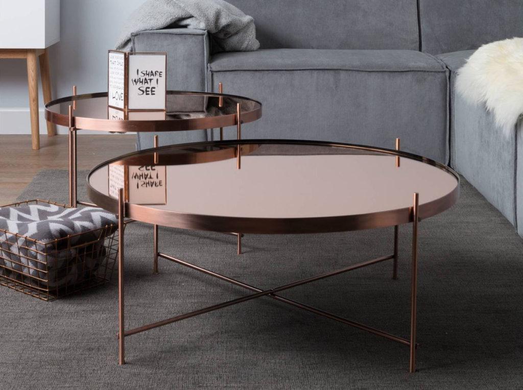 Журнальный столик в интерьере: нужен или можно обойтись?