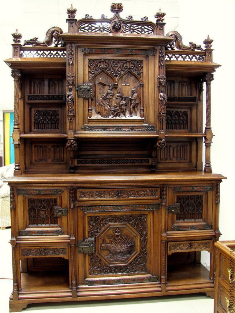 Как оригинально и красиво вписать антикварную мебель в интерьер