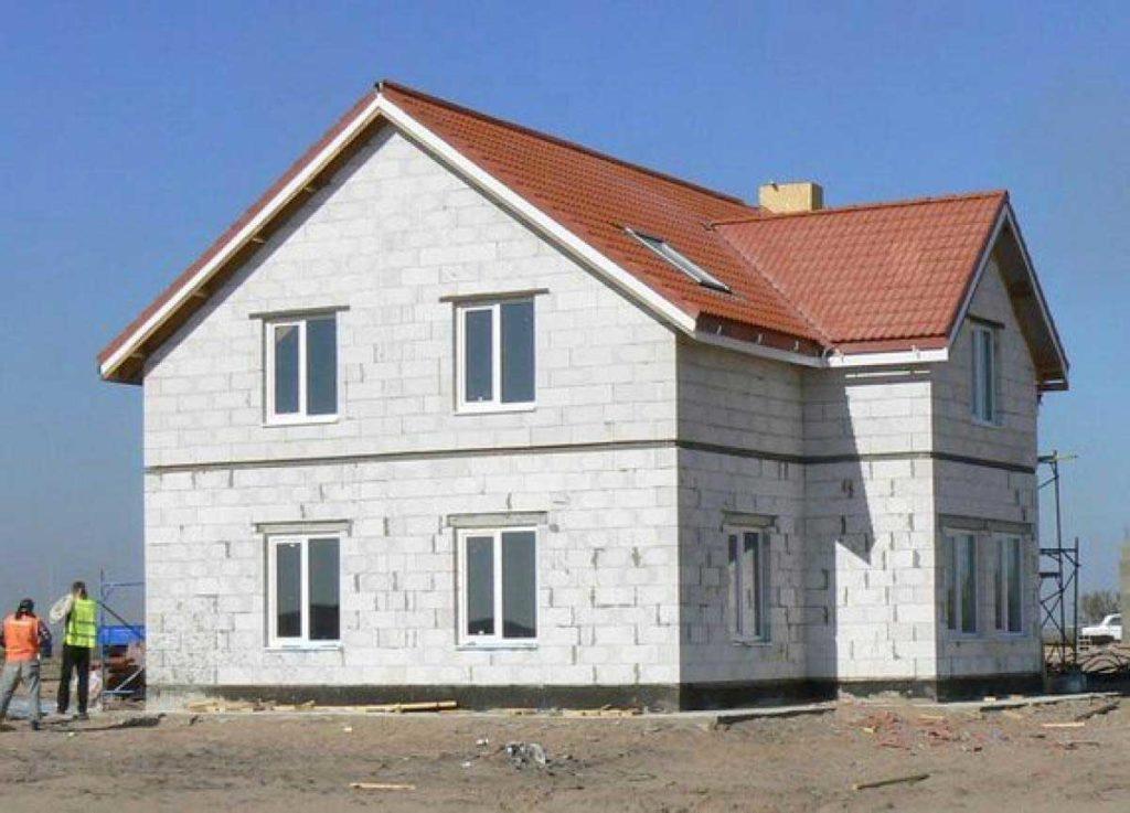 Основные качества и особенности домов из газобетона