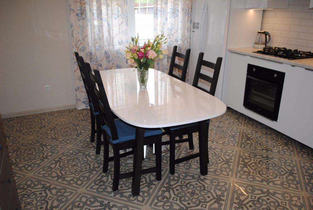 Что нужно знать про овальные столы