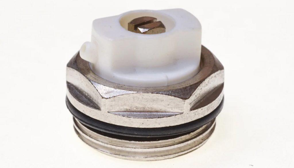 Решение проблем с батареей отопления: как стравить воздух, как помыть внутри, масса секции чугунной батареи