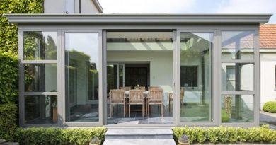 Как выбрать практичные и красивые двери для террасы
