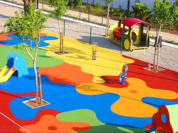 Резиновые покрытия для обустройства детских площадок: виды, характеристики