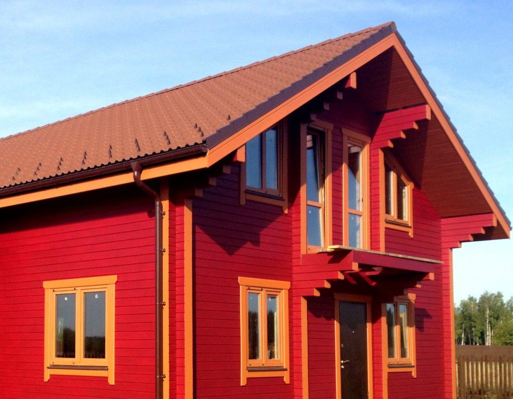 Покраска деревянного фасада частного жилого дома (г. Калининград)