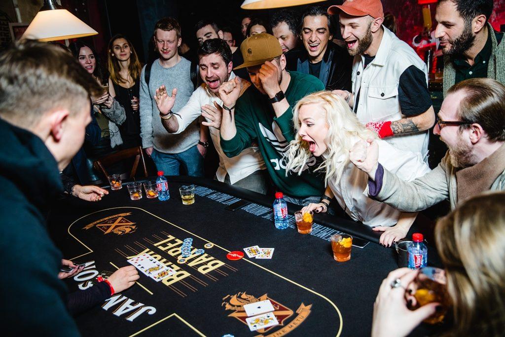 Вечеринка в стиле казино: идеи оформления